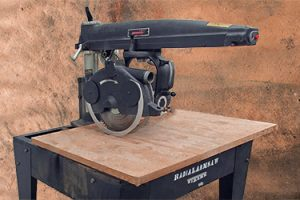 Radial Arm Saw with Stand